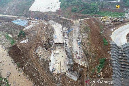 Proyek Dua Bendungan Penahan Banjir Rampung Tahun Ini
