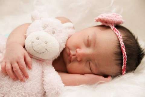 5 Tanda bayi Anda Terlalu Kedinginan