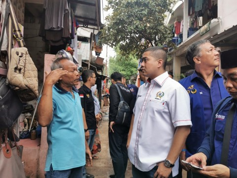 Fraksi NasDem DKI Tinjau Korban Banjir Cipinang Melayu