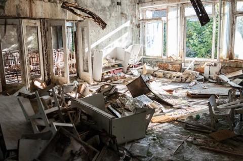 Dampak Tak Bersihkan Rumah Usai Banjir dan Solusinya