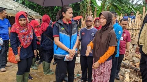 Kisah Supriyadi Bertahan Hidup dalam Genangan Banjir