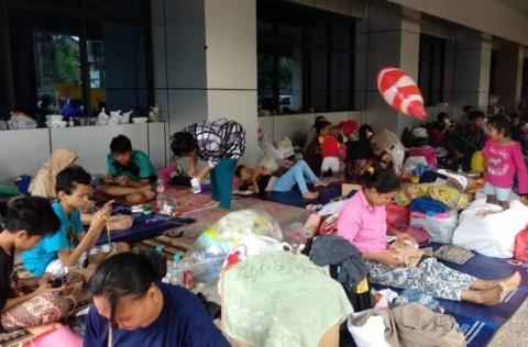 Pengungsi Banjir dan Longsor di Jabodetabek Mulai Kembali ke Rumah