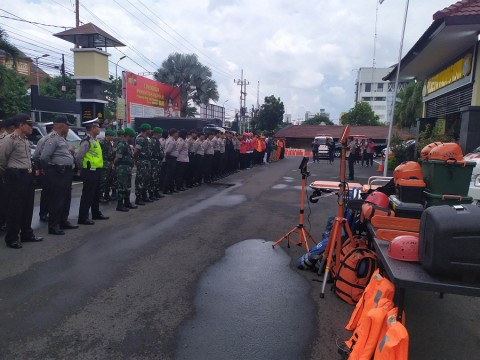 Ratusan Personel Gabungan di Malang Siaga Banjir
