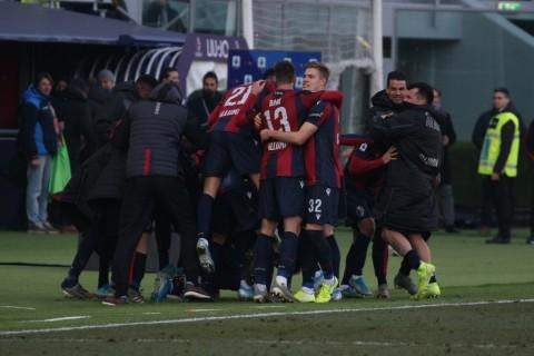 Bologna Nyaris Kalah dari Fiorentina di Markasnya Sendiri