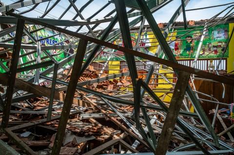 Atap SDN 1 Palebon Semarang Runtuh