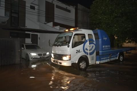 Mobil Terkena Banjir? Gini Langkah Mudah Klaim Asuransi