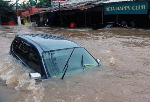 Daihatsu Anda Terendam Banjir? Manfaatkan Layanan Khusus di Bengkel Resmi