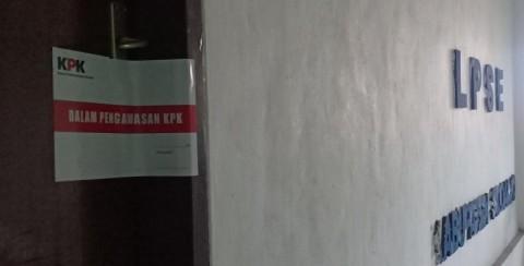 Ruang LPSE Pemkab Sidoarjo Disegel KPK