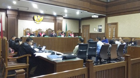 Eks Gubernur Kepri Minta Uang ke Pengusaha Lewat Kadis