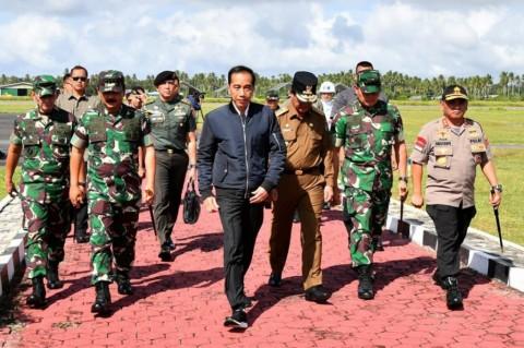 Jokowi Minta Nelayan Natuna Optimalkan Fasilitas Perikanan