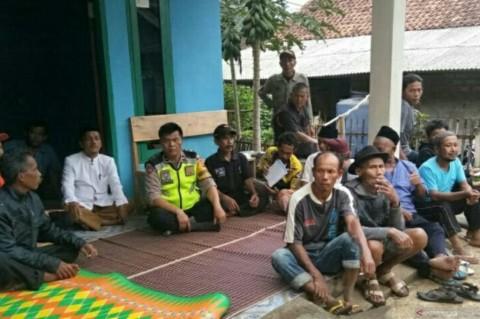 122 Warga Cianjur Mengungsi Akibat Pergerakan Tanah