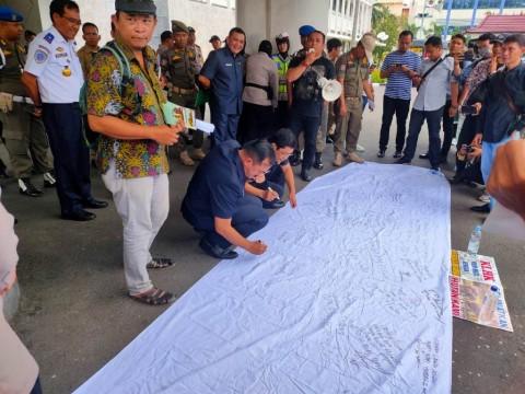 Jalan Khusus Batubara Ancam Habitat Gajah dan Harimau Sumatra