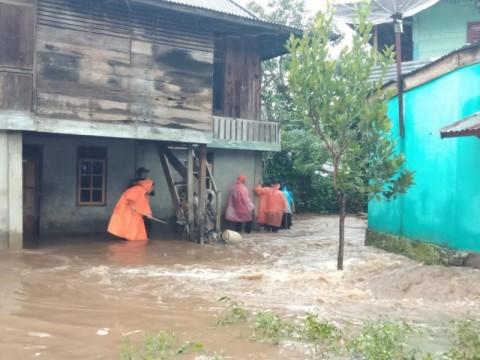 Banjir di Pagar Alam Capai 50 Sentimeter