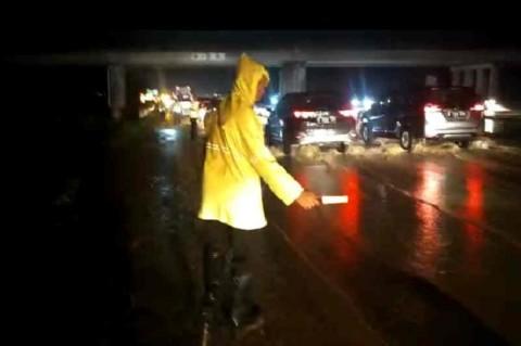Banjir Tol Cipali Diminta Jadi Evaluasi Siaga Bencana
