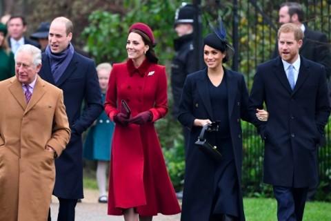 Monarki Inggris Cari Solusi untuk Pangeran Harry