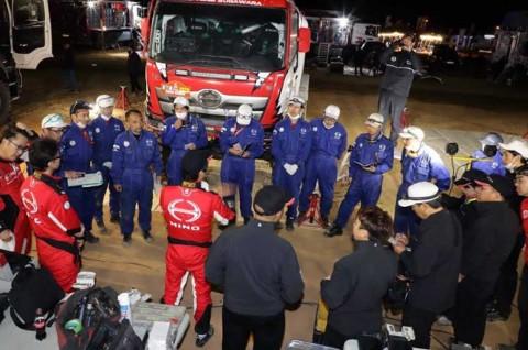 Trik Tim Hino Sugawara Tetap Tampil Kompetitif di Dakar Rally