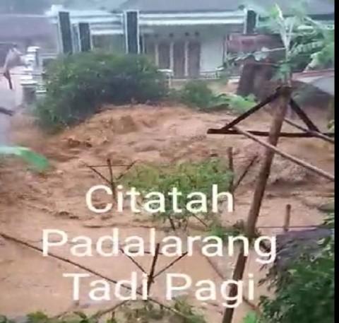 Video Banjir Bandang dengan Suara Istigfar Berkali-kali di Bandung Barat? Ini Faktanya