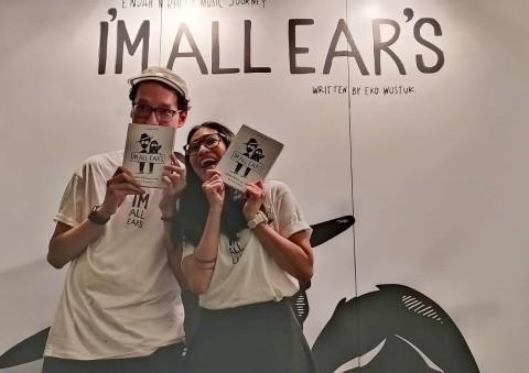 I'm All Ear's: Buku Perjalanan Endah N Rhesa 15 Tahun Bermusik