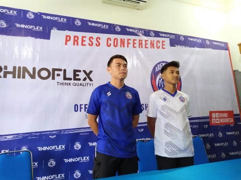 Arema FC Gunakan Jersey Khusus untuk Laga Pramusim