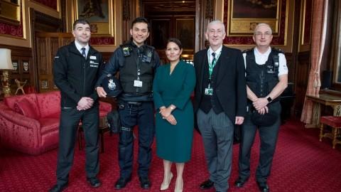 Polisi Keturunan Indonesia Jadi 'Pahlawan' di Inggris