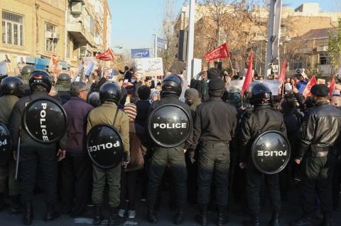 Demo Mengecam Pemerintah Iran Masuki Hari Kedua