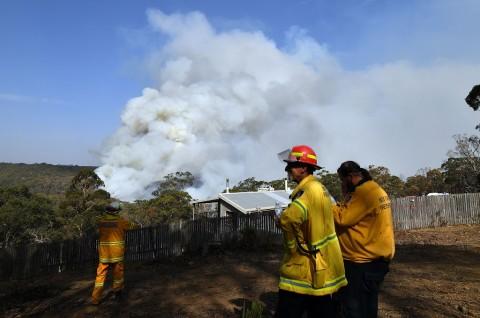 Petugas Berhasil Tangani Kebakaran Super Besar di Australia