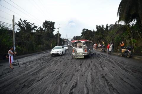 Manila Lumpuh Akibat Erupsi Gunung Taal di Filipina