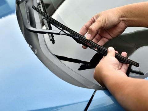 Eka Deli Kembalikan Mobil Hasil <i>Reward</i> Investasi Bodong