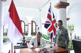 Indonesia, UK Committed to Strengthening Cooperation