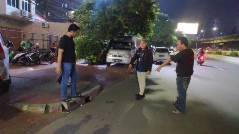 Polisi Olah TKP Kasus Pengeroyokan di Grogol Petamburan
