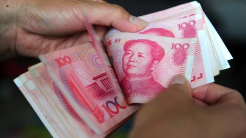 AS Tidak Ubah Tarif Tiongkok, Yuan Tumbang
