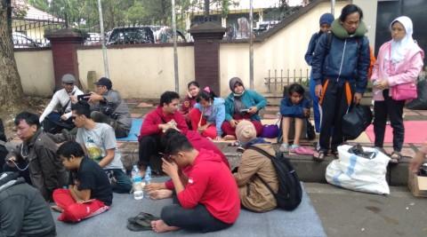 Puluhan Penyandang Disabilitas di Bandung Terlantar di Trotoar