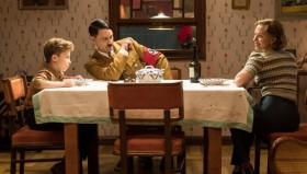 Scarlett Johansson Dapat Dua Nominasi di Oscar Pertamanya