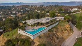 Rumah Komedian Dijual Rp130 Miliar