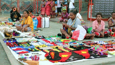 Mama-mama Papua Ikut Sukseskan PON 2020