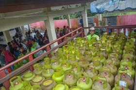 Subsidi Tertutup, Masyarakat Beli LPG 3 Kg Seharga Rp35 Ribu