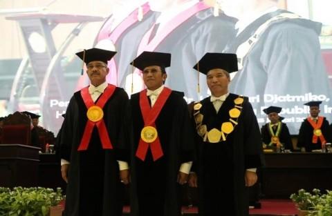 Unej Kukuhkan Hakim Agung MA Jadi Guru Besar
