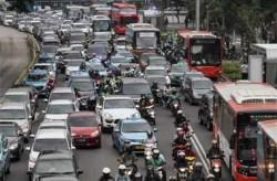 Etika Berkendara Jaga Keselamatan di Jalan Raya