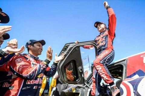 Carlos Sainz Kunci Gelar Juara Dakar Rally untuk Kali Ketiga
