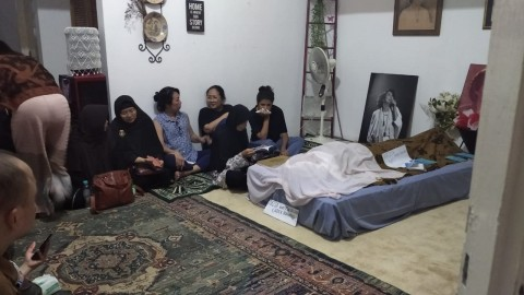 Putra Ade Irawan Berusaha Legawa Ditinggal Dua Orang Tercinta