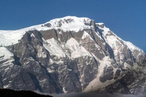 Tujuh Orang Hilang dalam Salju Longsor di Nepal
