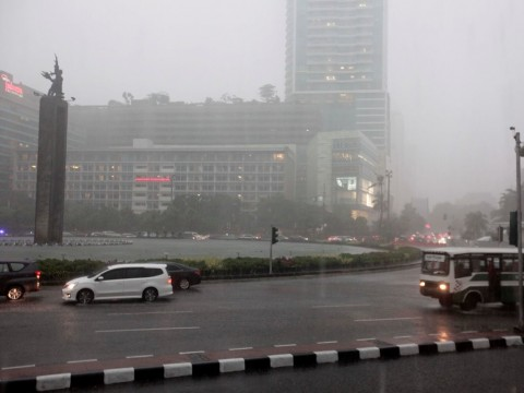 Jakarta Diguyur Hujan di Akhir Pekan
