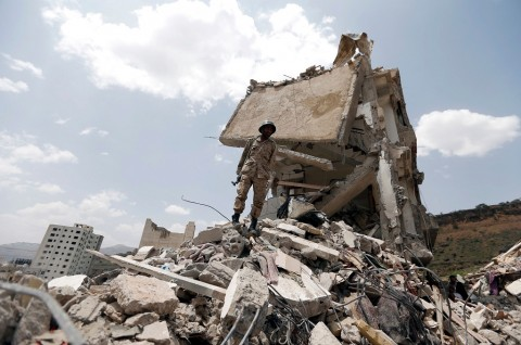 Korban Serangan di Masjid Yaman Lampaui 100 Orang
