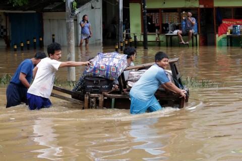 Realisasi Bantuan Korban Banjir Jakarta Belum Bisa Dipastikan