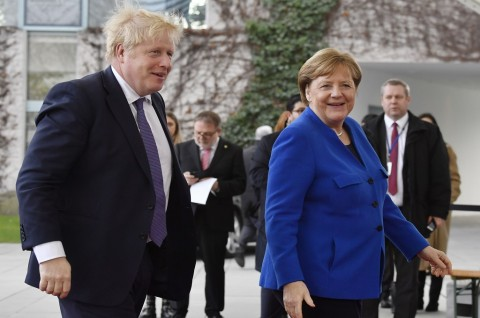 PM Inggris Doakan yang Terbaik untuk Harry dan Meghan
