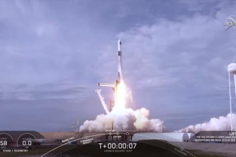 Uji Sistem Penyelamatan, SpaceX Ledakan Roket Falcon 9