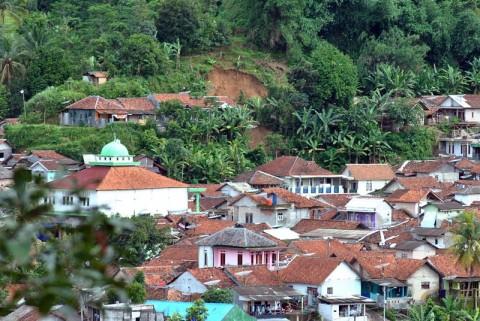 Pemkab Bogor Akan Relokasi 19.821 Warga Korban Bencana