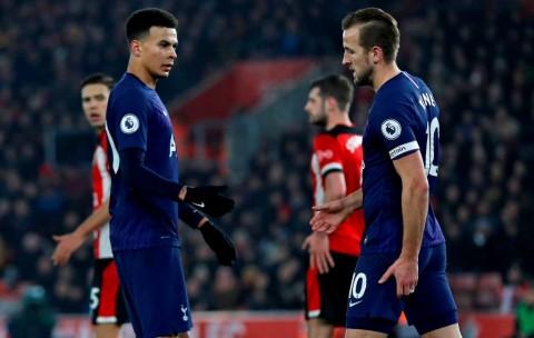 Alli Minta Tottenham tak Terlalu Meratapi Cedera Kane