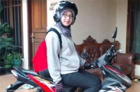 Tips Berkendara Motor yang Aman untuk Ibu Hamil