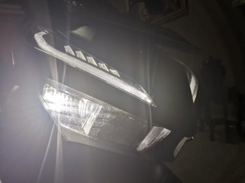 Waspada Lampu Motor Berembun di Musim Hujan